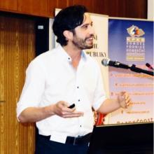 Dr Yarin Eski